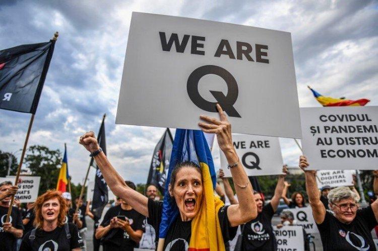 QAnon supporters in Romania